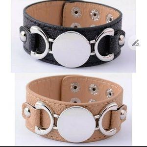 💥FLA$H$ALE💥Faux leather wristband